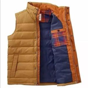 Timberland Men's MT Davis Waxed Down Vest  A1CAD